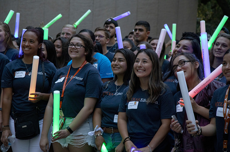 A group of incoming students celebrate at Gone to Texas