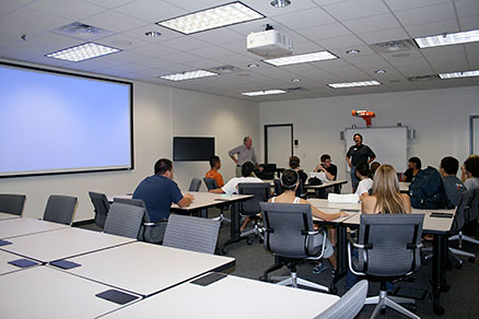 Technology Classrooms | College of Education | The University of ...